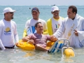 floating-beach-wheelchair-waterwheels-01